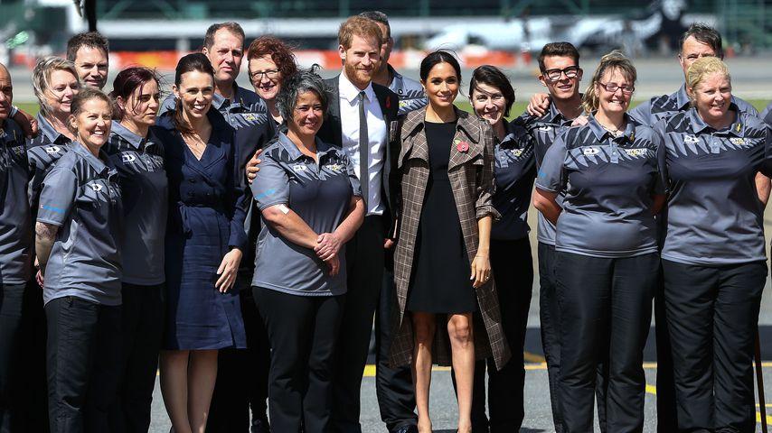 Prinz Harry und Herzogin Meghan mit Teilnehmern der Invictus Games