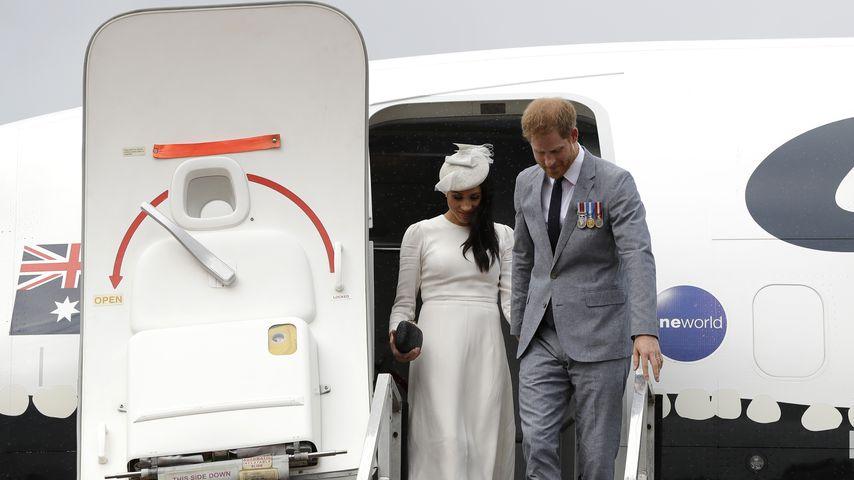 Mit Privatjet geflogen: Harry und Meghan ernten Netz-Kritik