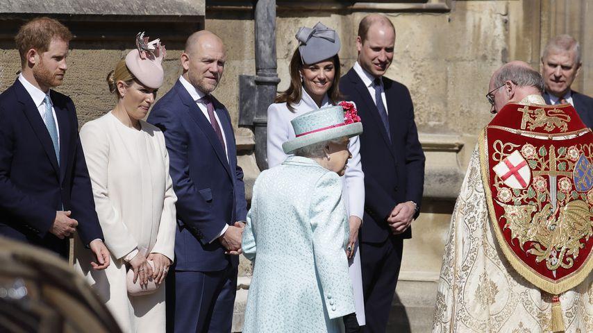 Prinz Harry, Zara Tindall, Mike Tindall, Herzogin Kate und Prinz William bei der Ostermesse