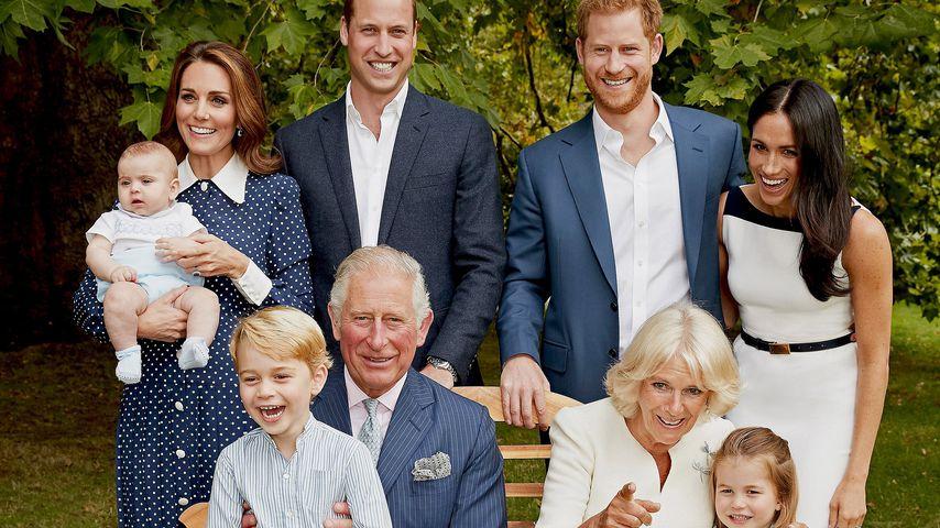 Süßes Familienfoto mit Prinz Louis zu Charles' Geburtstag