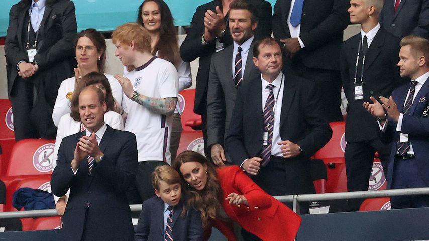 Prinz William, Ed Sheeran, Prinz George, Herzogin Kate und David Beckham