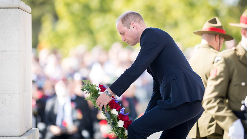 Emotionale Bilder: Prinz William trauert um tote Soldaten