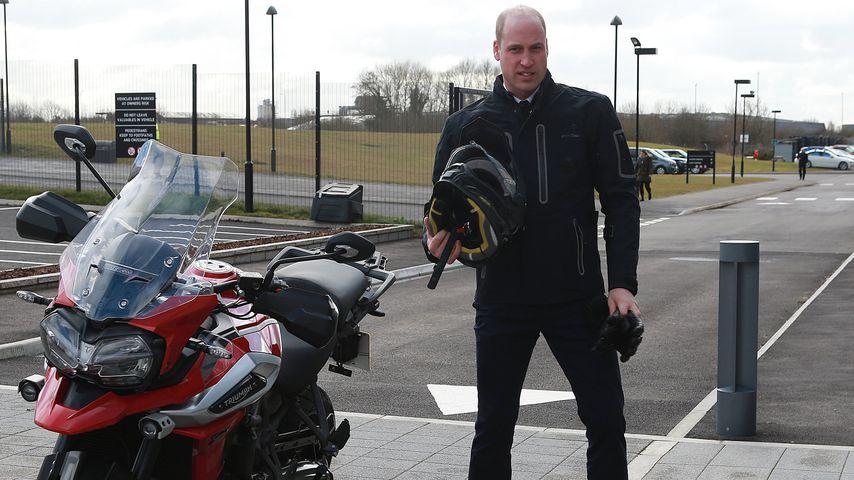 Prinz William mit seinem Motorrad