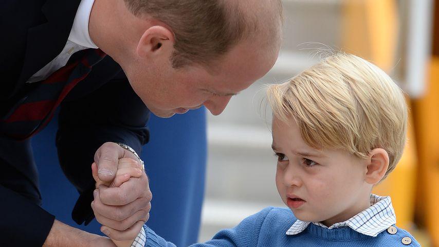 Prinz William und sein Sohn Prinz George am Flughafen in Kanada