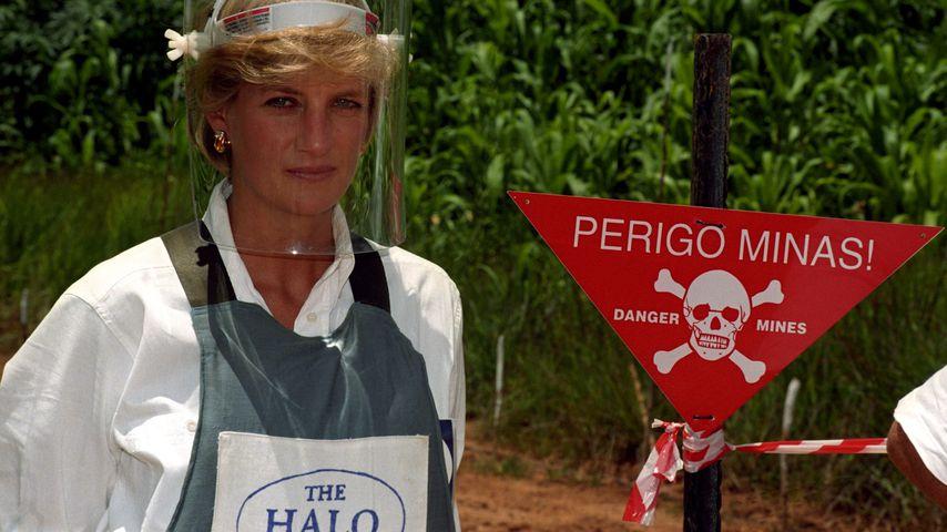 Prinzessin Diana in Angola 1997