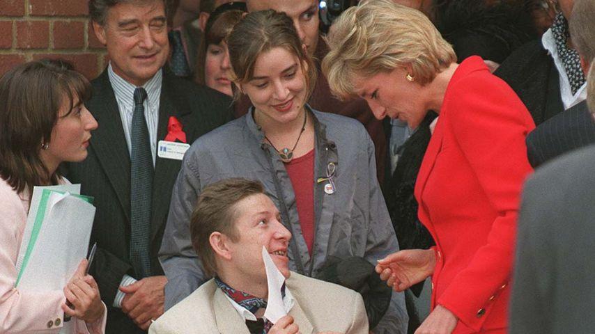 Prinzessin Diana bei einem Charity-Besuch im Lighthouse-Hospiz London im Oktober 1996