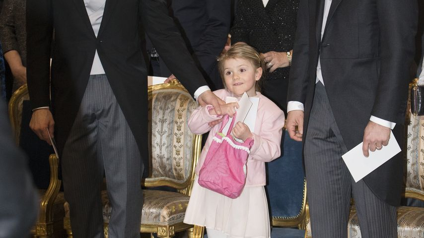 Prinz Carl Philip von Schweden, Prinzessin Estelle von Schweden und Prinz Daniel von Schweden