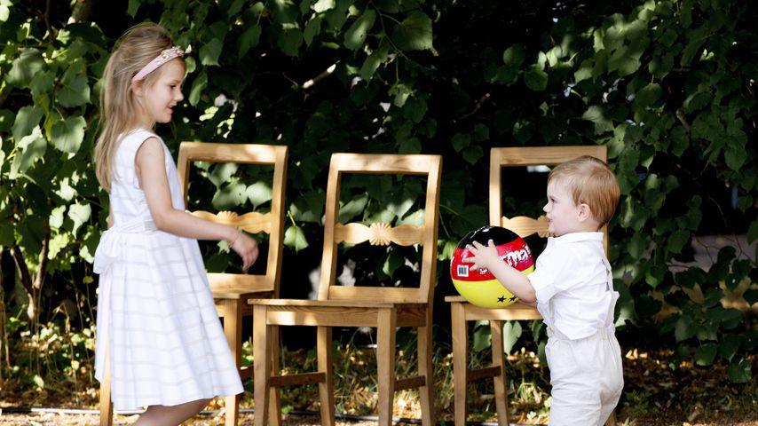 Prinzessin Estelle & Oscar: Hier spielen sie süß Fußball!