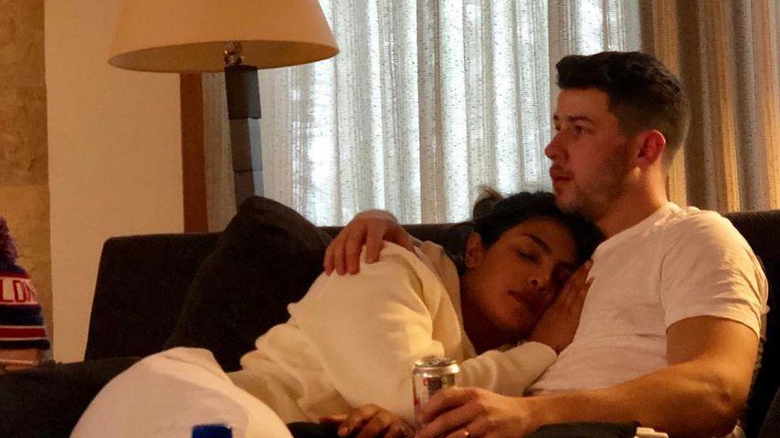 Das Netz lacht über dieses Pic von Nick Jonas und Priyanka