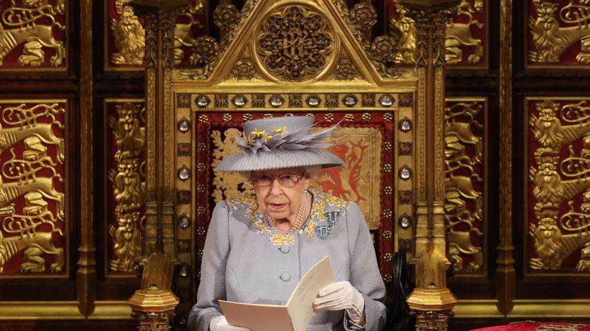 Queen Elizabeth bei der Eröffnungszeremonie des britischen Parlaments