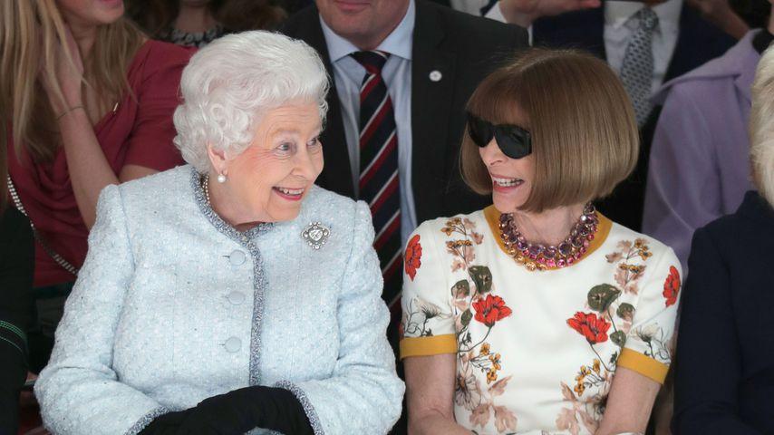 Queen Elizabeth II. und Anna Wintour im Februar 2018 auf der London Fashion Week