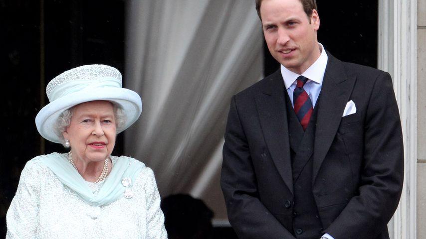 Queen Elizabeth II. und ihr Enkel Prinz William