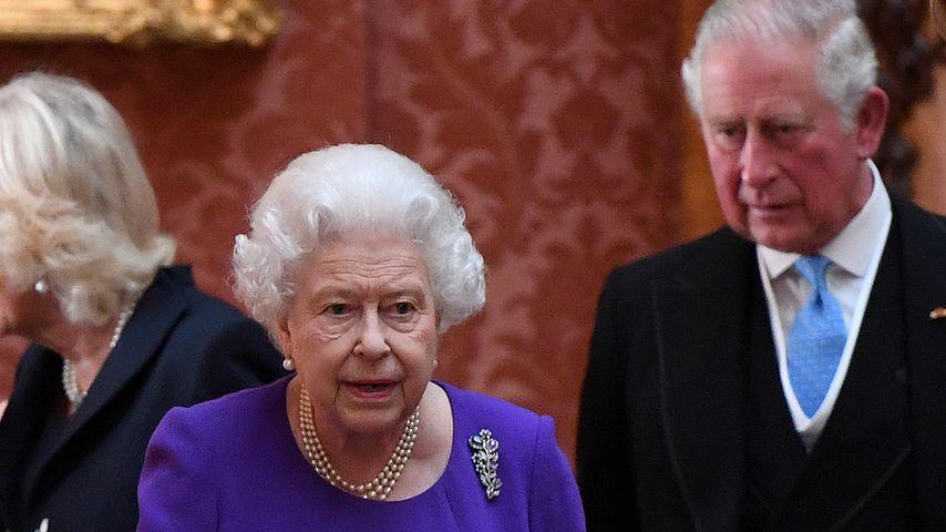 Queen Elizabeth II. und Prinz Charles im Buckingham Palace, Oktober 2018