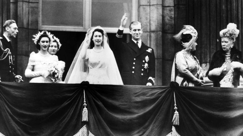 Queen Elizabeth II. und Prinz Philip bei ihrer Hochzeit 1947