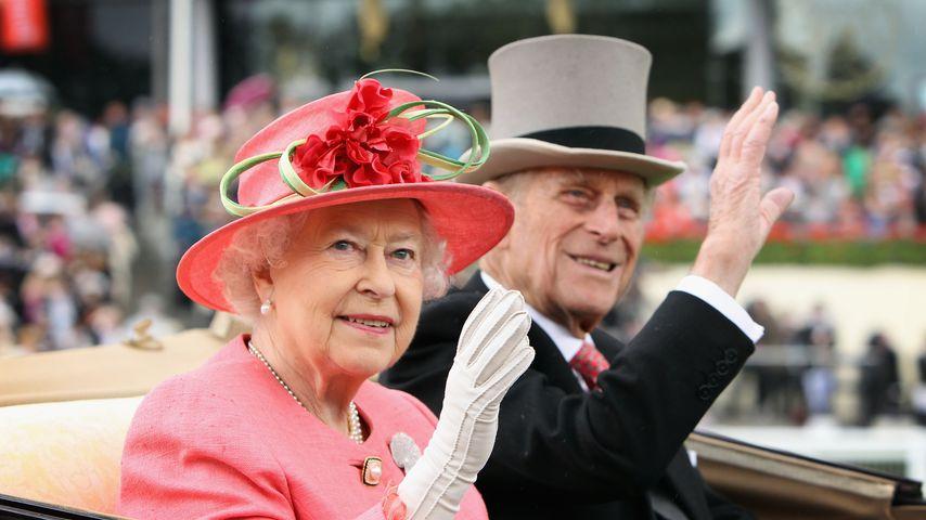 Queen Elizabeth II. und Prinz Philip in Ascot, England, 2011