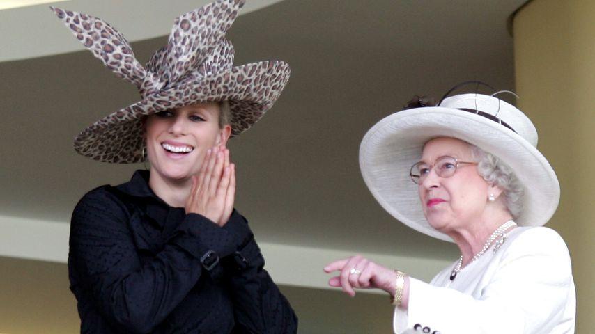 Queen Elizabeth II. und Zara Tindall im Juni 2007