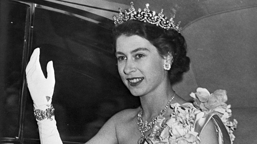 Queen Elizabeth II. in London im Juni 1951