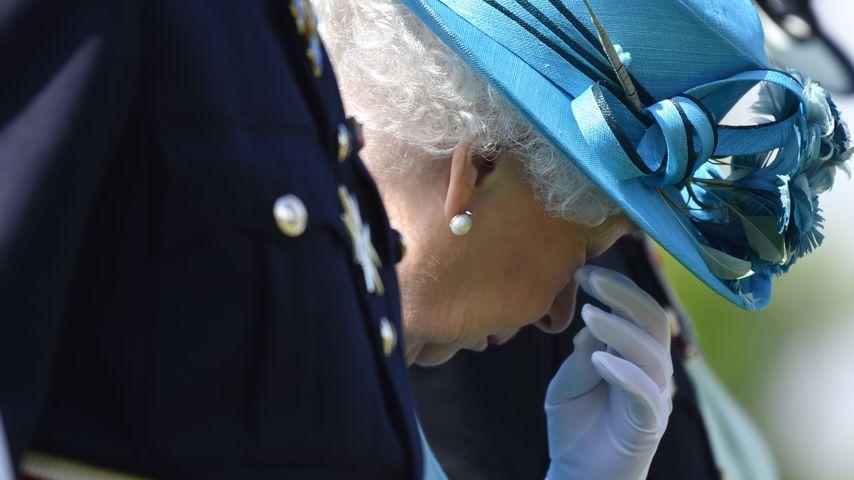 Seltener Anblick: Queen Elizabeth II. kommen die Tränen!