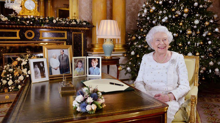Das schenkt die Queen ihrem Personal zu Weihnachten!