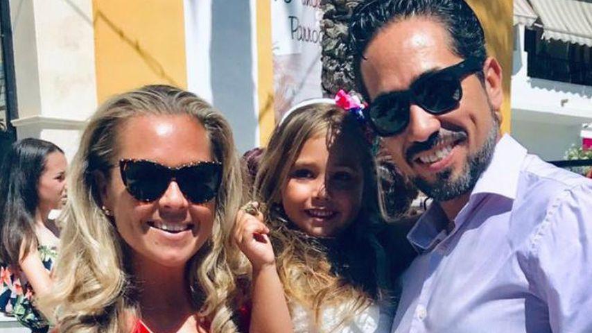 Rebecca Kratz mit ihrer Tochter Alaia und Mann Julio