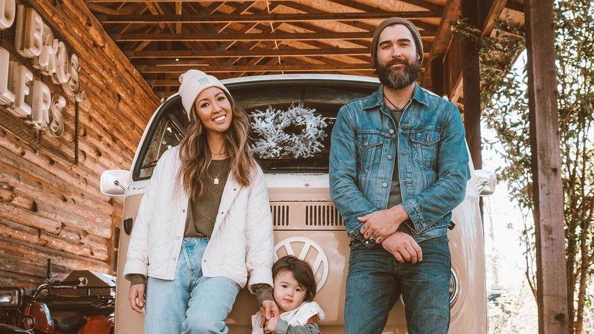 Rebecca Robertson Loflin mit ihrem Mann John und ihrem gemeinsamen Sohn