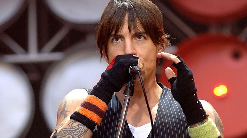 "Konzert abgesagt: ""Red Hot Chili Peppers""-Sänger in Klinik!"