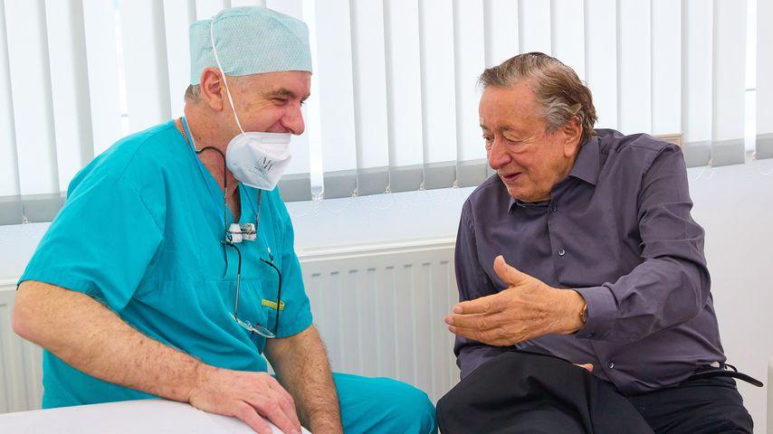 Richard Lugner in einer Wiener Arztpraxis, 2021