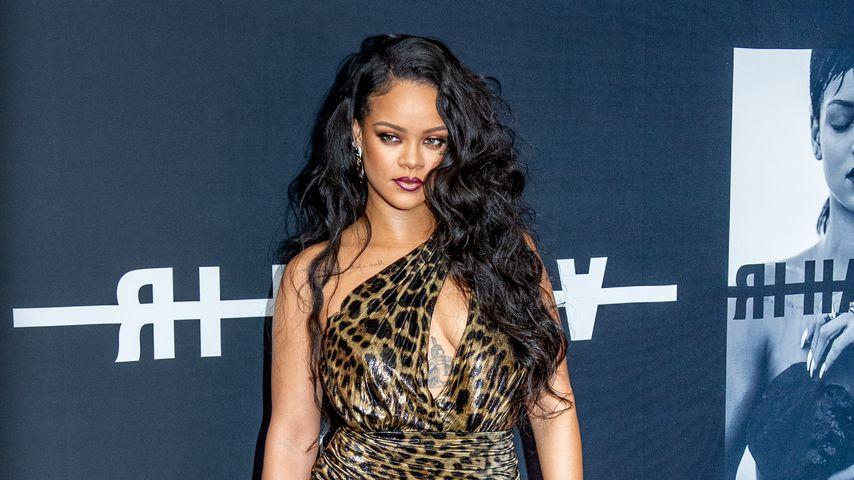 Sexy Leo-Look: So heiß feiert Rihanna ihren Buch-Launch!