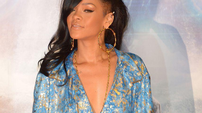Von Burka bis nackt: Die Kleider-Woche mit Rihanna
