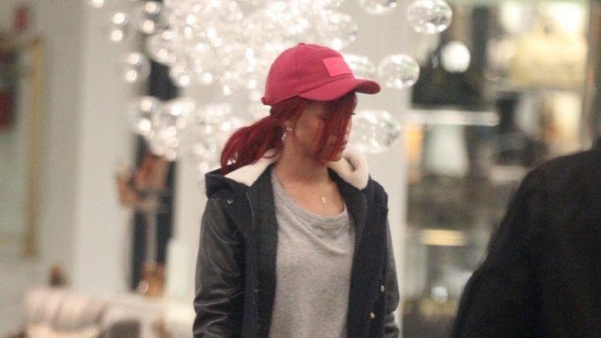 Rihanna: Stylecheck beim Schuhkauf