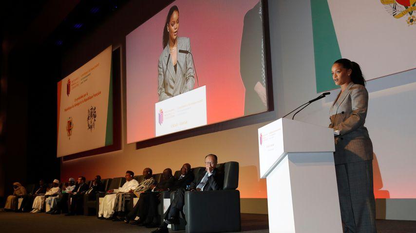 Rihanna bei einer GPE-Konferenz in Dakar