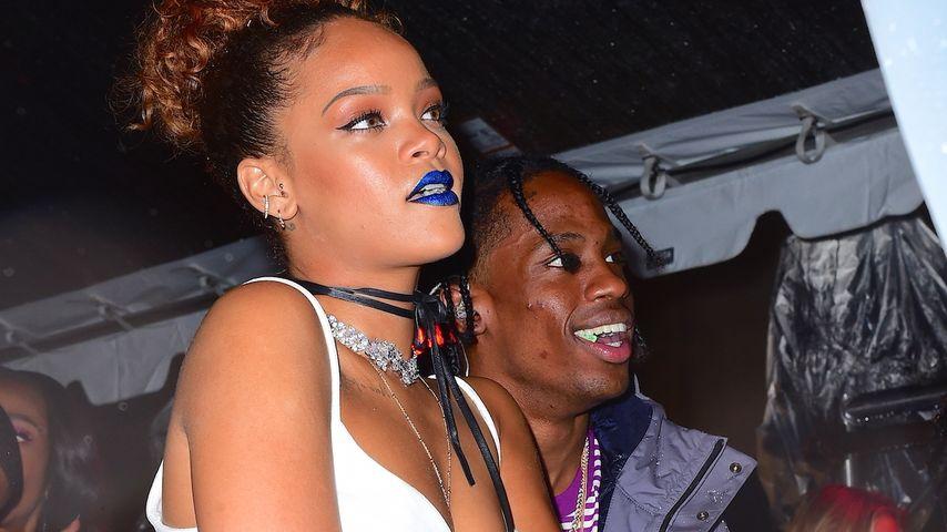 Rihanna & Travis Scott: Wilde Fummelei auf NYFW-Party!