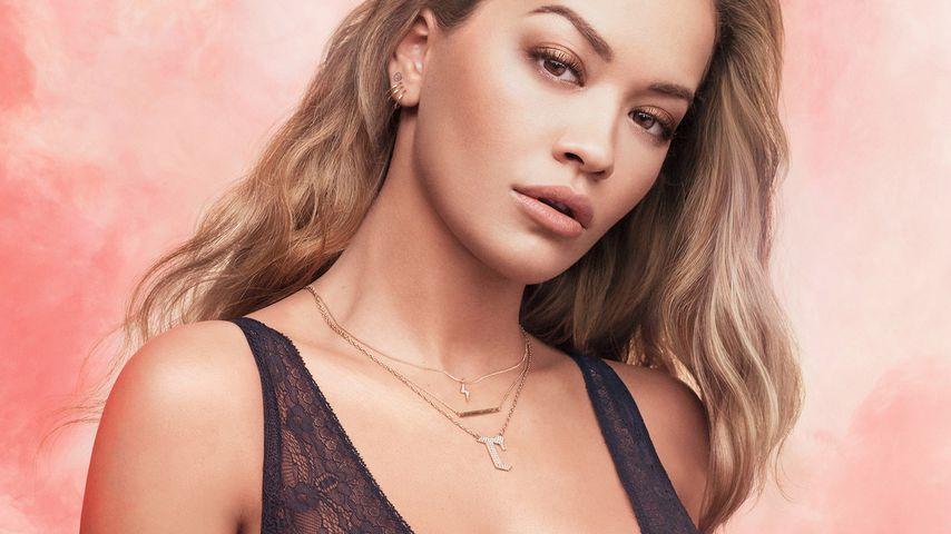 Heiß in schwarzer Spitze! Rita Ora als Unterwäsche-Model