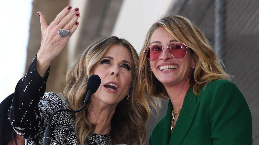 Rita Wilson und Julia Roberts im März 2019