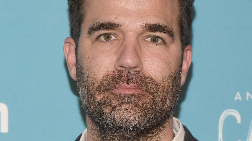 "Rob Delaney bei der Premiere von ""Catastrophe"" in New York City"