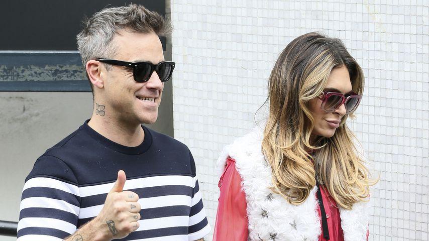 Fiese Tröte: So gemein weckt Robbie Williams seine Ayda!