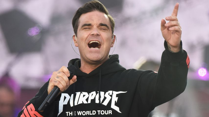 """Robbie Williams beim """"One Love Manchester""""-Konzert"""