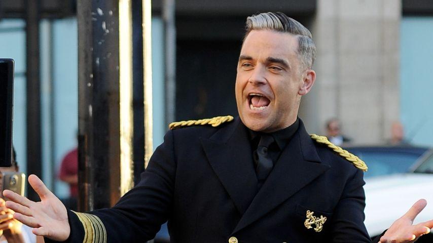 Süß! Robbie Williams' Tochter begrüßt ihren Bruder