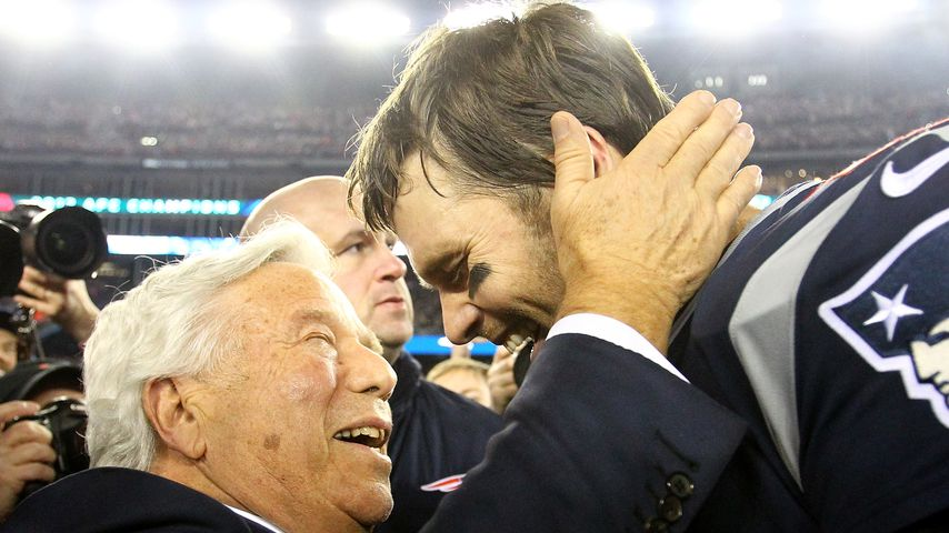 Robert Kraft und Tom Brady im Januar 2018