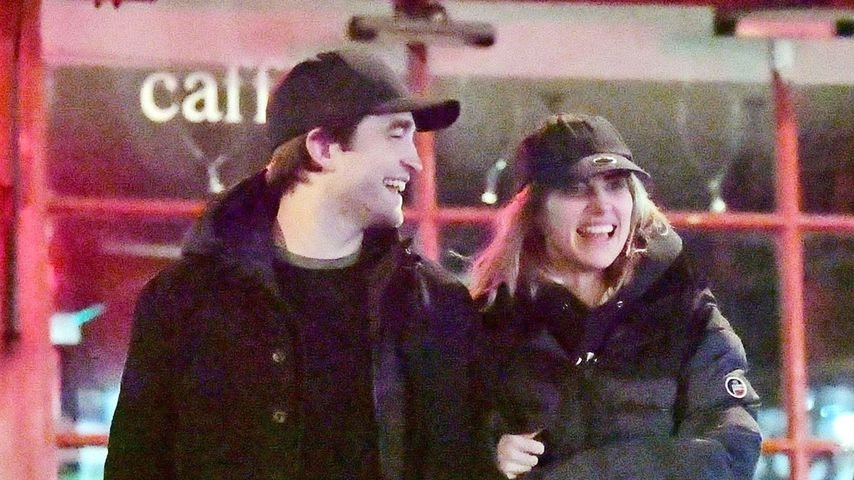 Total happy: Robert Pattinson strahlt mit Freundin Suki