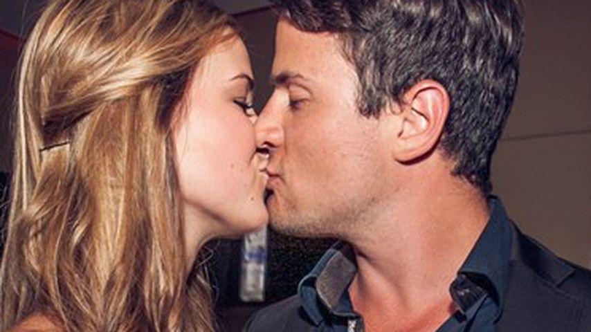 Das erste Kuss-Foto! Rocco Stark knutscht Nicole