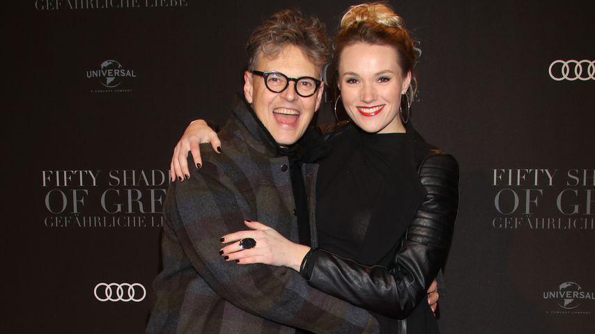 """Rolf Scheider und Anna Hofbauer bei der """"Fifty Shades Darker""""-Premiere 2017 in Hamburg"""
