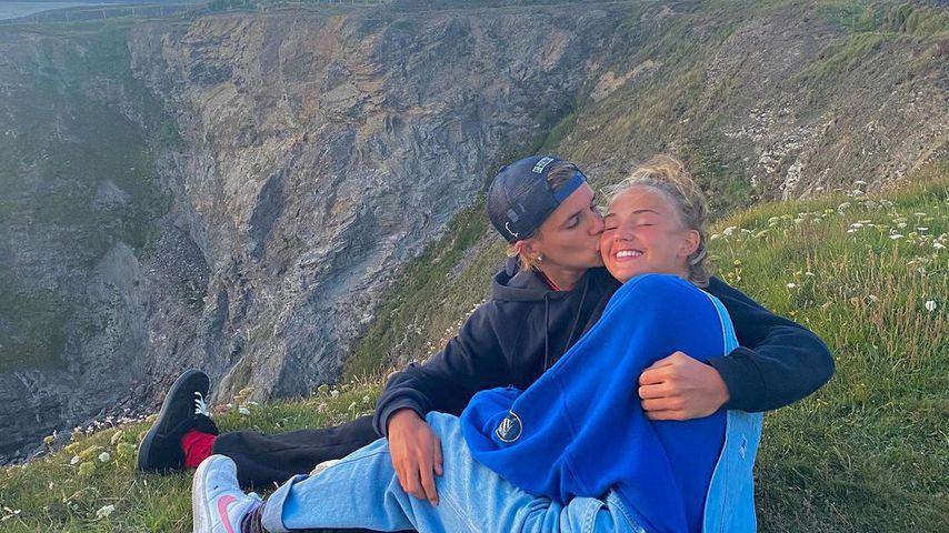 Romeo Beckham und Mia Regan, 2020