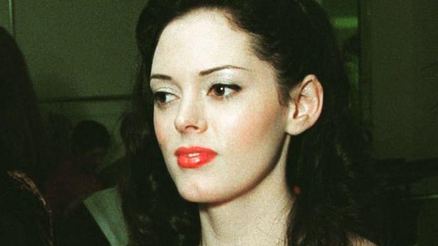 Rose Mc Gowans Look Anfang der 2000er