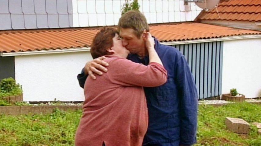 Bauer sucht Frau: Wurst-Herzen für Willy