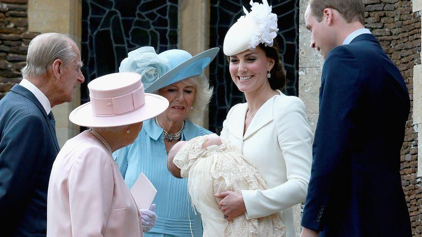 Herzogin Kate, Queen Elizabeth II., Prinz William, Prinz George und Camilla Parker Bowles
