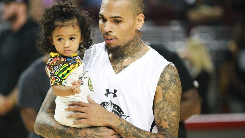 Nur mit Mama: Chris Brown darf Tochter nicht allein treffen!