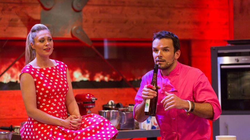 """Ruth Moschner und Steffen Henssler in der Show """"Grill den Henssler"""""""
