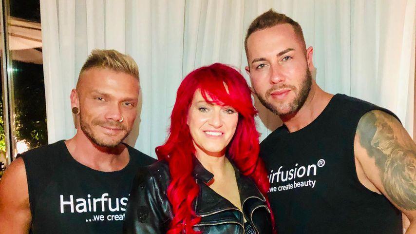 Sabrina Lange mit dem Team von Hairfusion Germany, August 2019