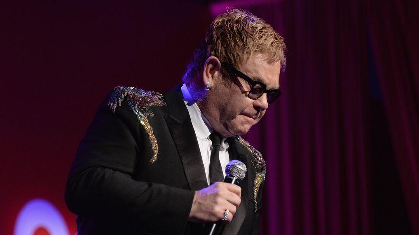 Einen Monat nach Tod: Elton John beerdigt Mutter Sheila